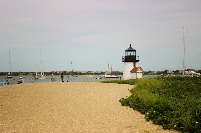 Brant Pont Lighthouse | Nantucket | Chichi Mary Blog