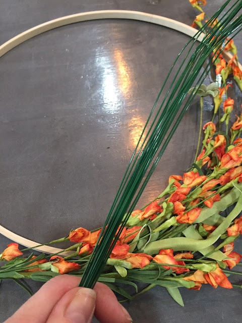 DIY Simple Spring Wreath by Chessa Moore for Love Your Life Friday at karenehman.com. Click here for tutorial with pictures.