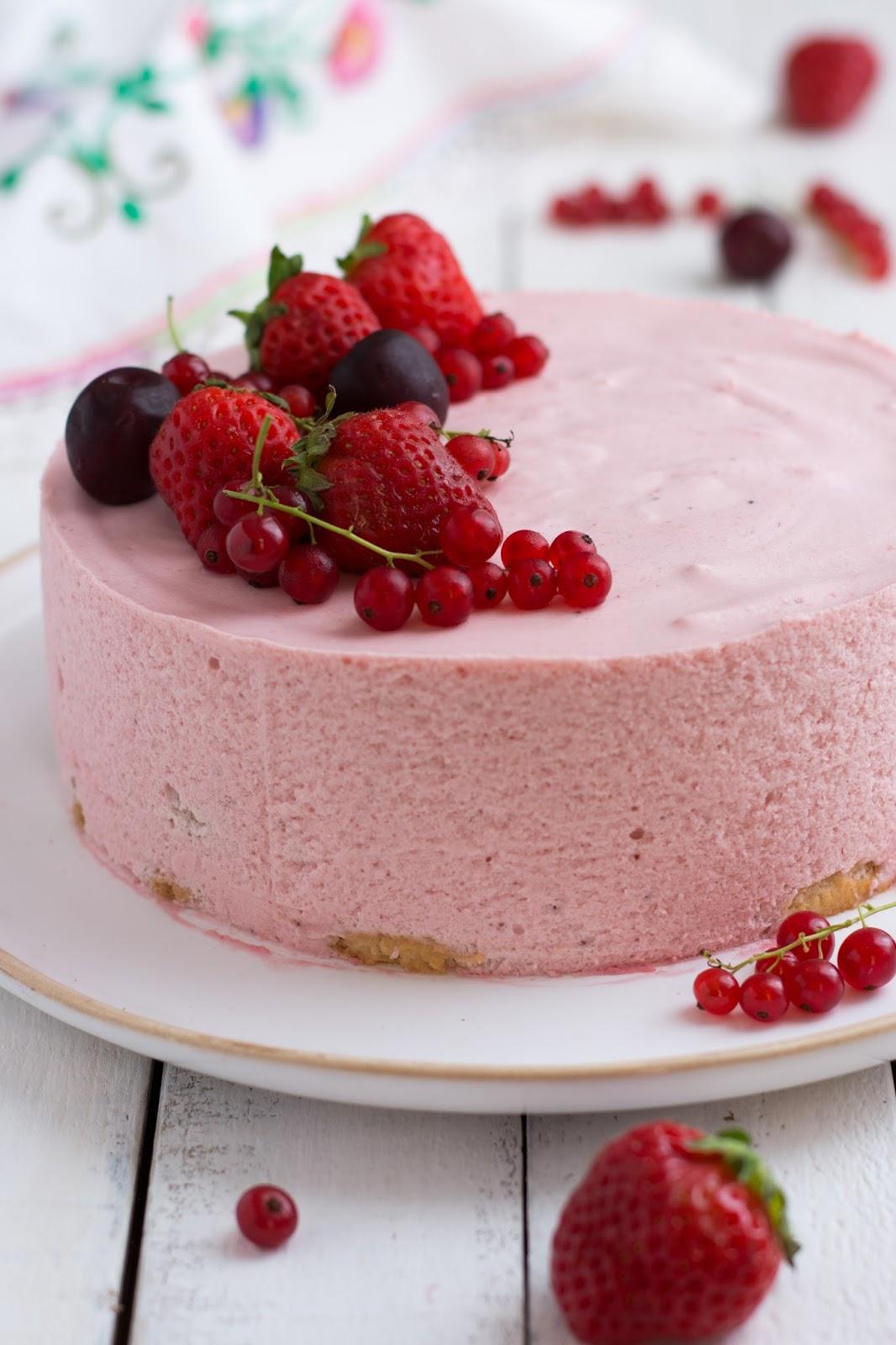 Chic chic chocolat g teau mousse de fraises recette simple et sans cuisson - Recette facile a faire sans four ...