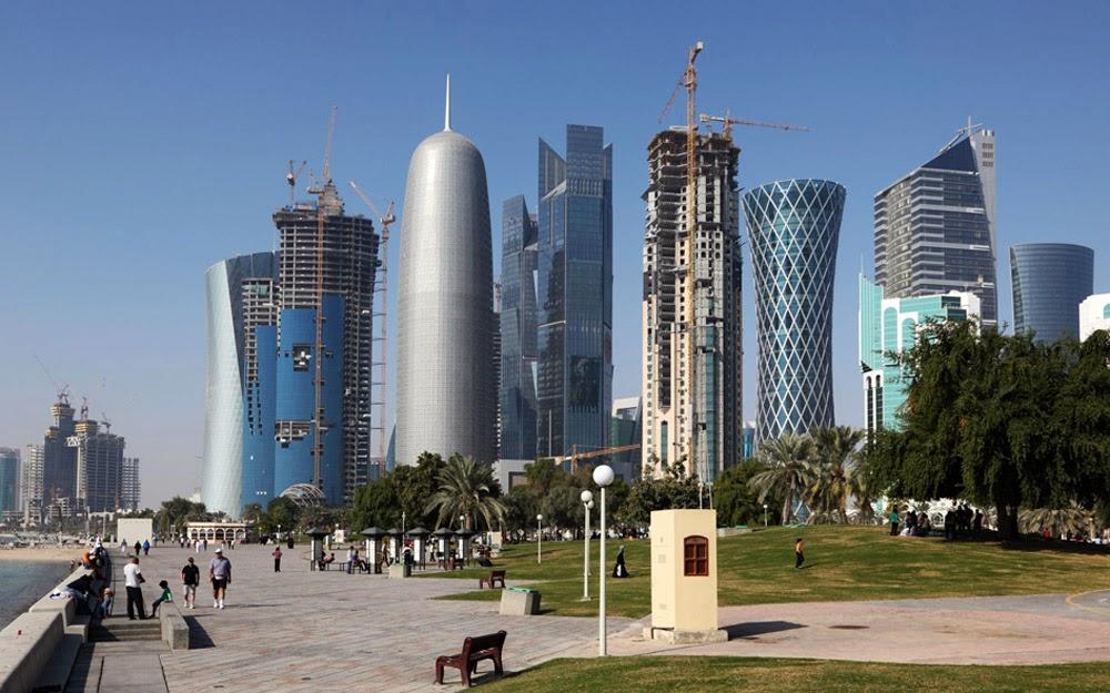 Aeroporto Del Qatar : Fotos de doha catar cidades em