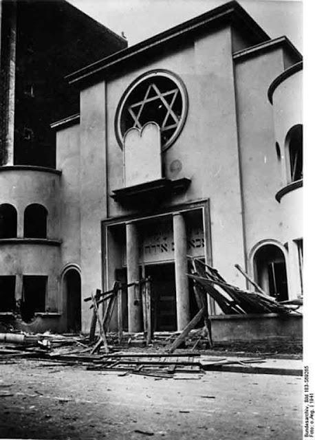 Paris Synagogue attacks 2 October 1941 worldwartwo.filminspector.com