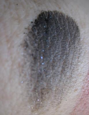 Illamasqua Pure Pigment in Zeitgeist