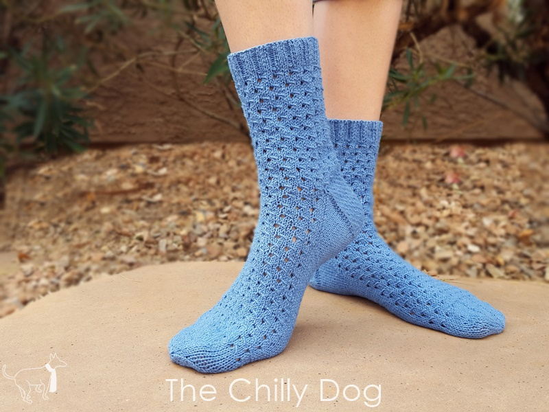 Knitting Pattern: Wink and Smile Socks | The Chilly Dog