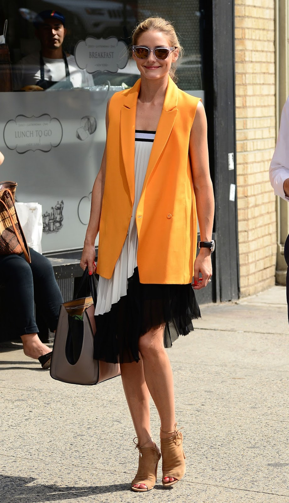66935193ffb The Olivia Palermo Lookbook   Olivia Palermo Summer Style