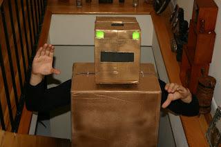 Robot hechos de cartón