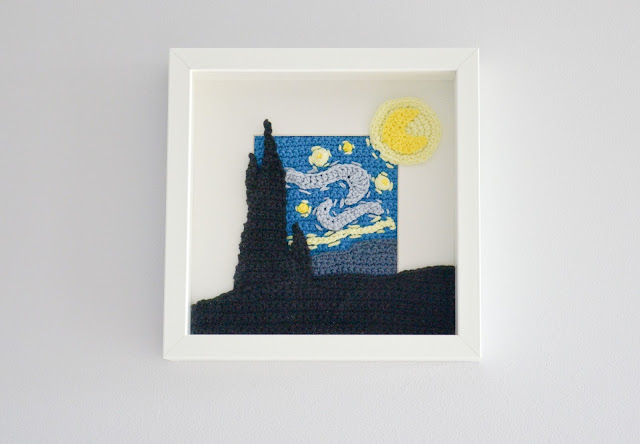Krawka: Starry night inspired crochet picture frame pattern by VanKrawka
