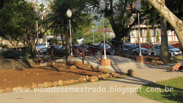 Praça Central de Feliz, Vale da Felicidade