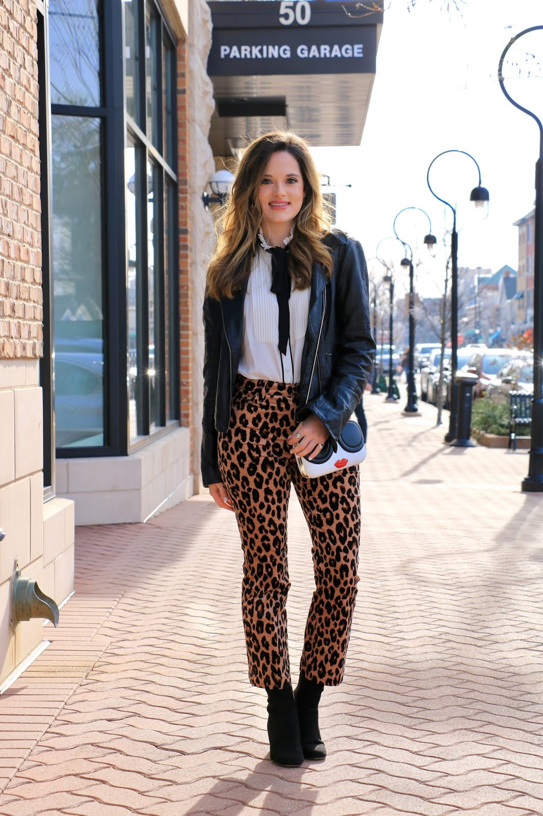 Nyc fashion blogger Kathleen Harper's leopard outfit idea