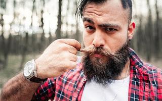 7 Tips Merawat Brewok Agar Selalu Sehat