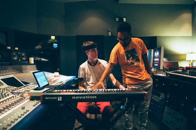 """Tennyson and Mr. Carmack Release """"Wednesday"""" / www.hiphopondeck.com"""