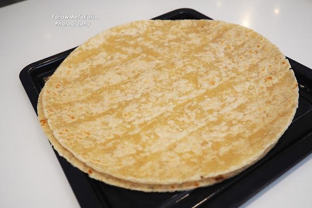 Plain Mission Pizza Crust