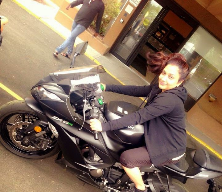 Rimi tomi riding bike