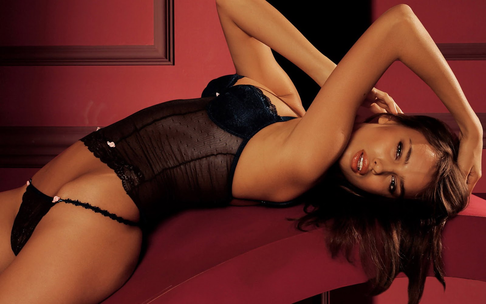 Irina Shayk Hot Hd Wallpapers 2012  Cute Wallpapers-6993