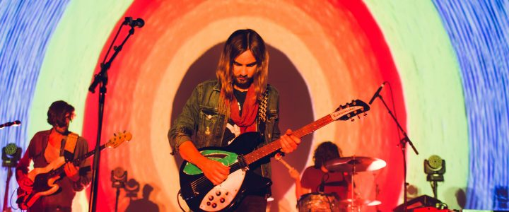 Tame Impala presenta su canción 'Lost in Yesterday'