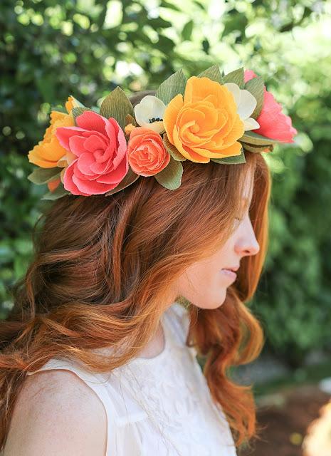 Crepe Paper Flower Crown Tutorial, Flower Crown, Diy Flower Crown, Pretty Flowers, Crepe Paper, Paper, Paper Flowers