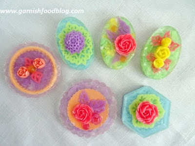 carve flowers of soap