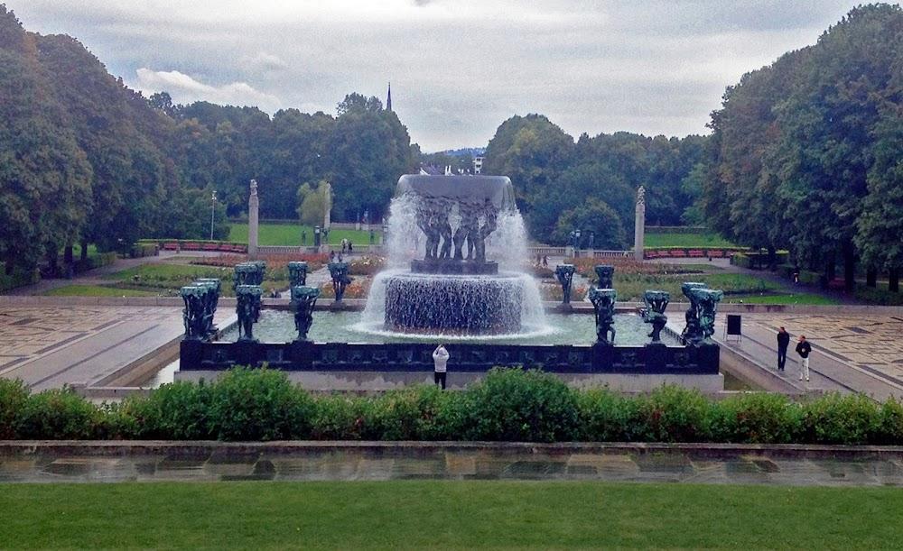 frogner park sculptures