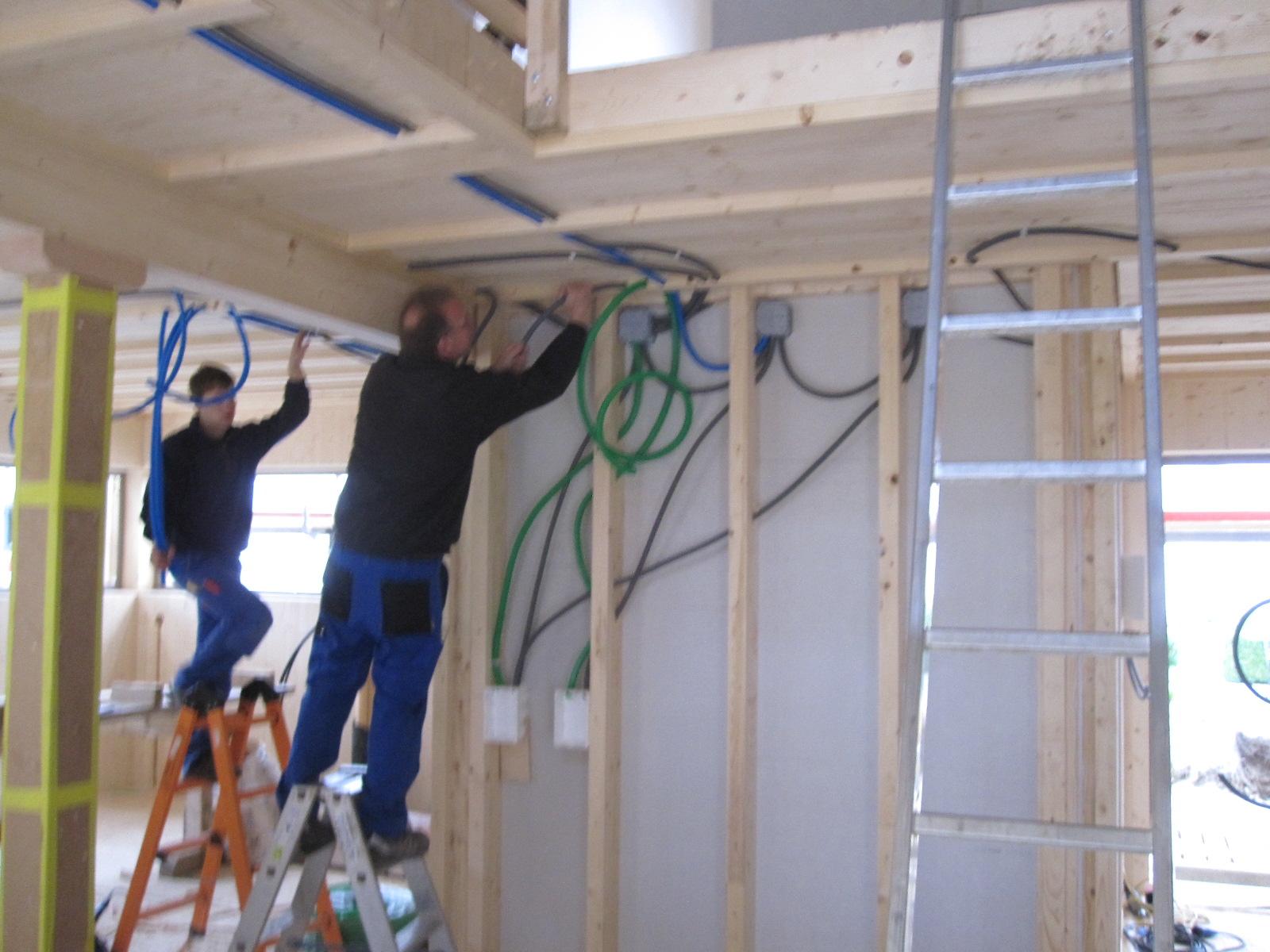 Gut gemocht Holzhaus - wir bauen ein Haus aus Holz: Elektroinstallation CA97