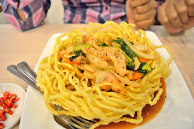 mee sarang burung warung 1 malaysia ho chin minh city saigon vietnam halal