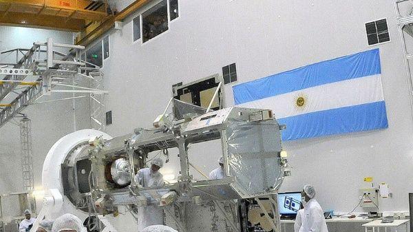 Argentina presenta satélite para medir desastres naturales