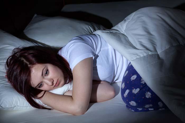 19 Obat Tidur Alami Paling Ampuh Buatan Sendiri
