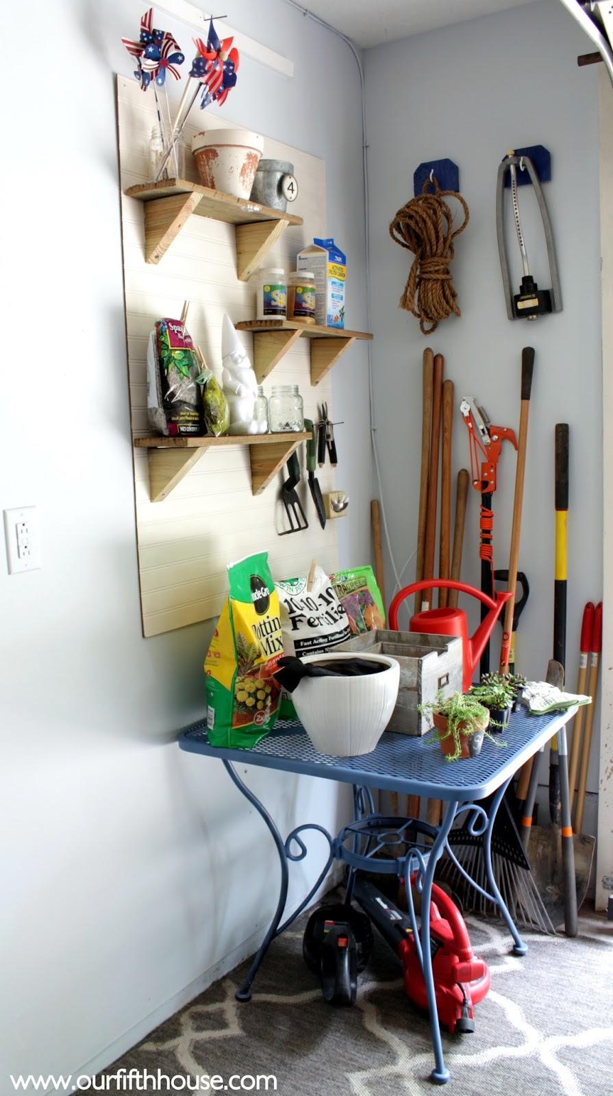 Bon Organized Gardening Tools