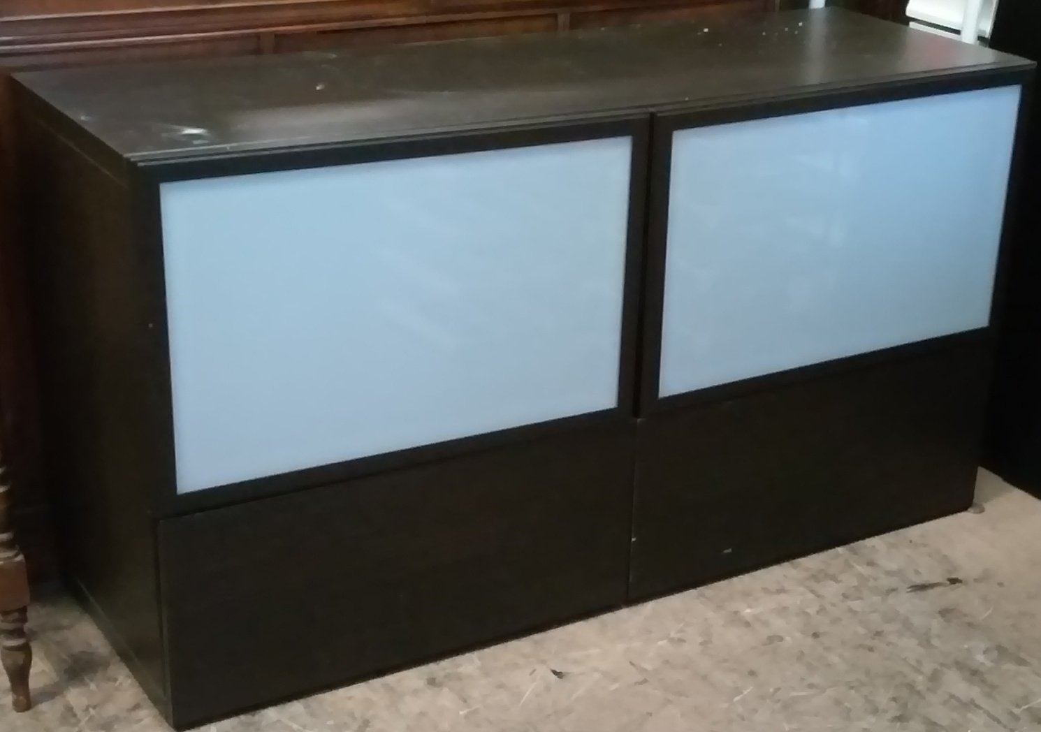 Sold 4 Ikea Tv Stand With Glass Doors 25