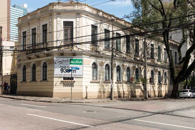 Casarão na Rua Visconde do Rio Branco 1754 Curitiba