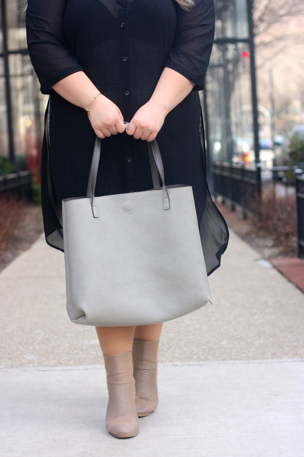 slit dress, see through plus size dress, how to wear midi skirts curvy, button up long sleeve dress, street level tote, taupe ankle boots, taupe booties, blonde hair dark roots, plus size fashion blogger, natalie craig, natalie in the city, chicago, plus size street style