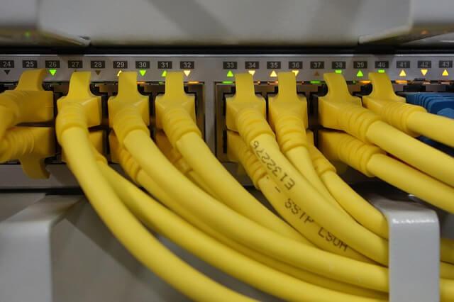 Pengertian LAN, Manfaat LAN, Beserta Kelebihan Dan ...