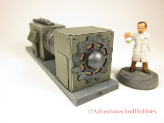 Miniature mad science laboratory scenery piece T2312 for 25-28mm scale table top wargames - right end view.
