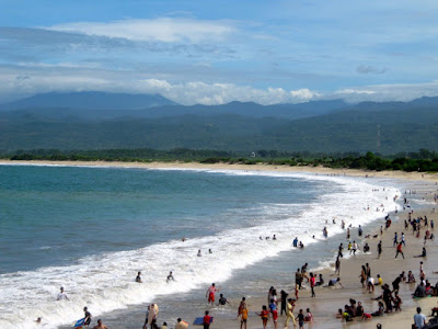 tempat wisata di Garuut Pantai Santolo