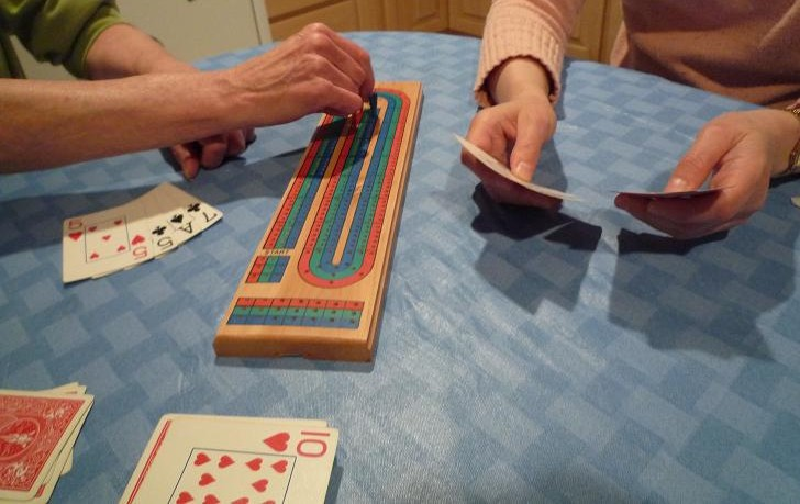 how to play cribbage with 3 players