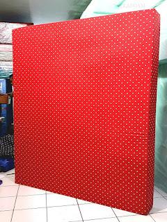 Kasur inoac motif minimalis duty merah