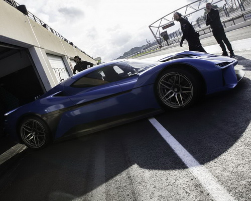 Tinuku Chinese electric car startup showcased NextEV NIO EP9 as the world's fastest electric powered supercar