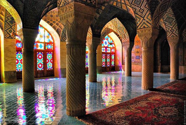 Иранская радужная мечеть