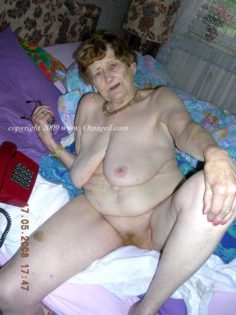 Old Lady Nude Photo