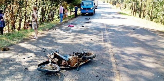 Manoel Ribas: Motocicleta fica destruída em acidente de trânsito