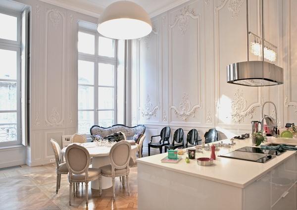 e3f10d0858349 Poderia perfeitamente ser uma cozinha, numa casa em Paris. Honestamente não  sei, porque a tenho há muito tempo mas é maravilhosa, não acham !
