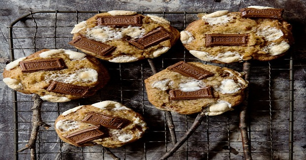 S'Mores Cookies On A Stick Recipe