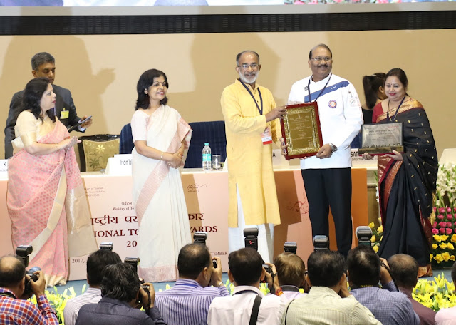 Chef Arvind Rai receiving Award for Best Chef