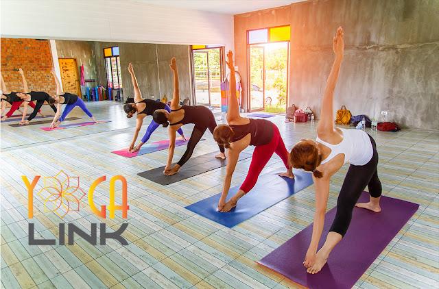 3 Động tác Yoga cho không giới hạn độ tuổi