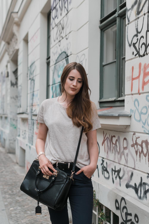 Modeblog-Deutschland-Deutsche-Mode-Mode-Influencer-Andrea-Funk-andysparkles-Berlin-Gerry-Weber-VMP-Valentino-DKNY-Flatforms