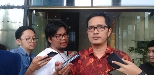 KPK Periksa Dua Staf Ahli Menteri Agama Untuk Tersangka Romi