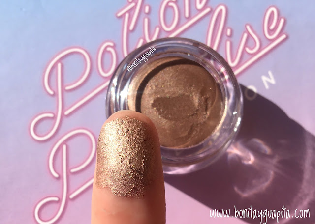 nabla creme shadow entropy swatch