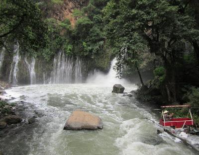 Cascada La Tzararacua. Fotografía de Andrew Carhartt