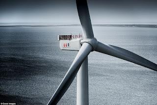 Tháp điện gió lớn nhất thế giới