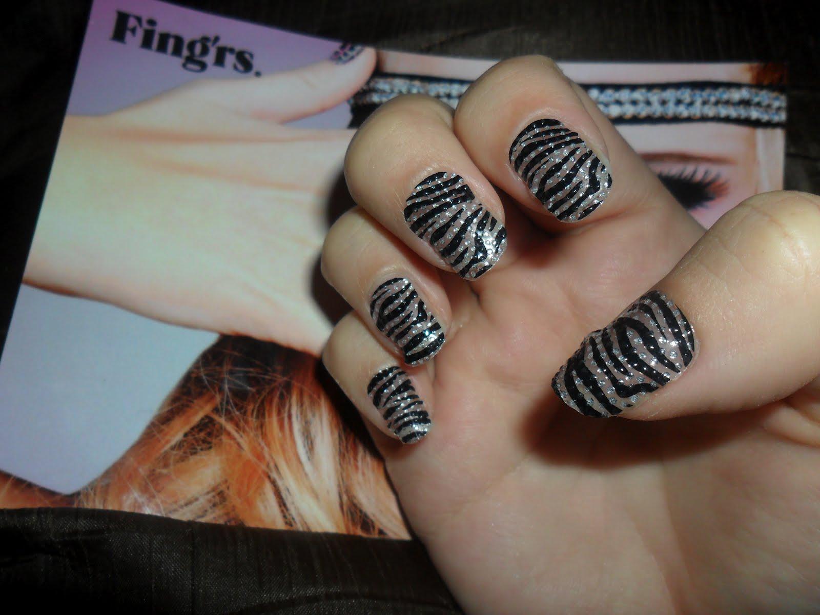 fingrs flirt nails