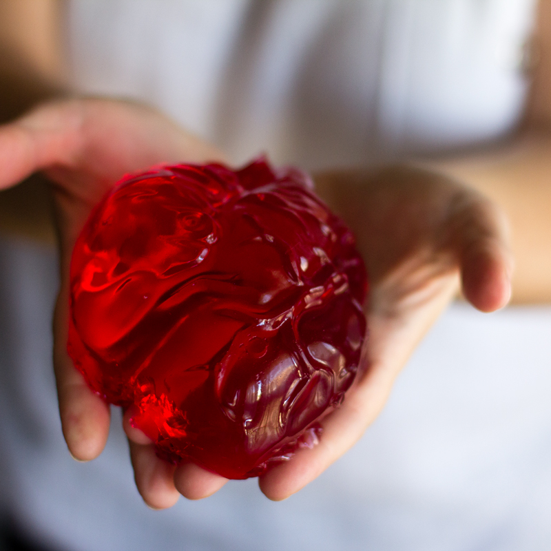 corazon dulce de gelatina de fresa