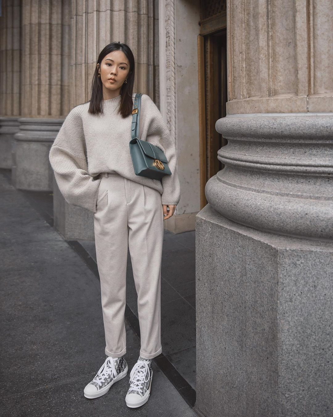 The Cozy All-Neutral Outfit We Can't Stop Thinking About